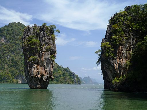JamesBondIslandSmall -6 reasons to visit Phang Nga Bay on your Thailand bareboat charter