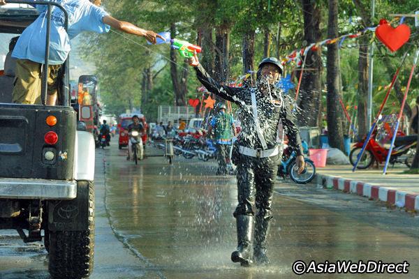 phuket-songkran