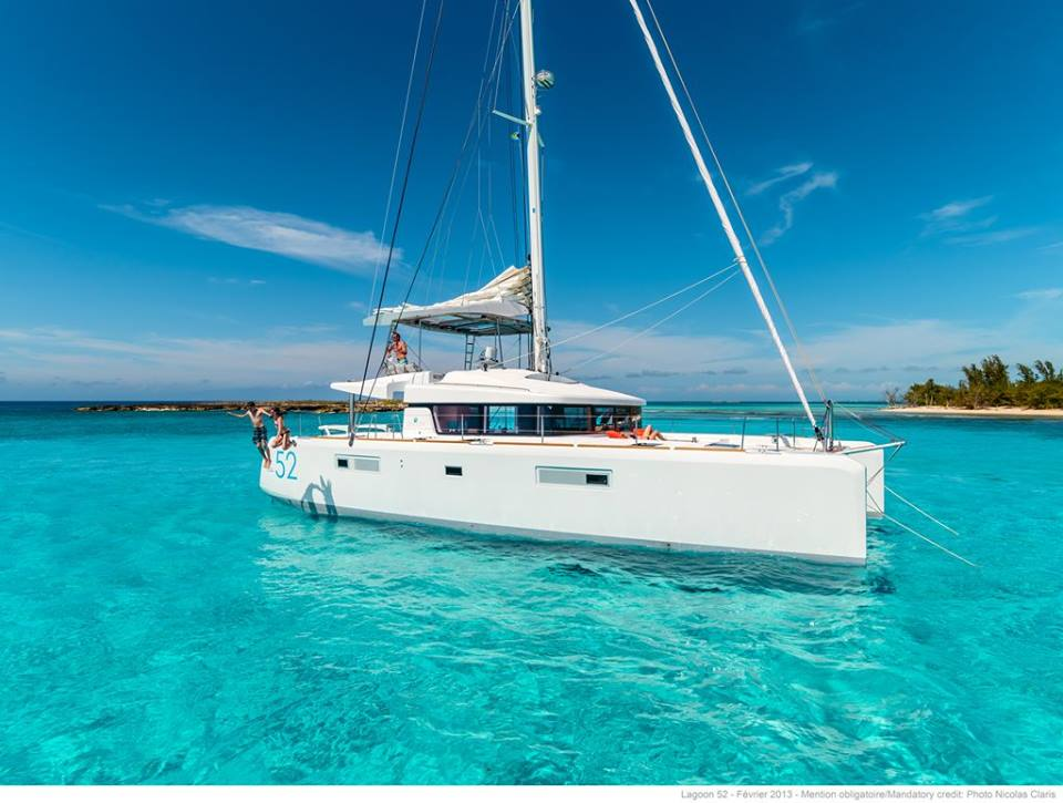 you can experience the luxury of one of our Yacht Charter on this Australasian journey of a lifetime.