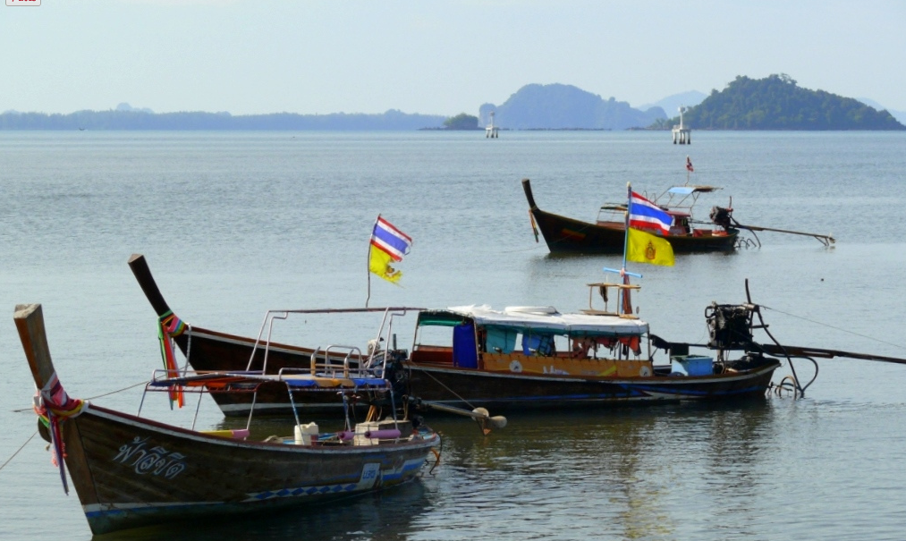 when cruising around on your Thailand bareboat charter, then look out for the many fisher nets around.
