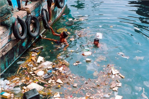 Water_pollution_sea