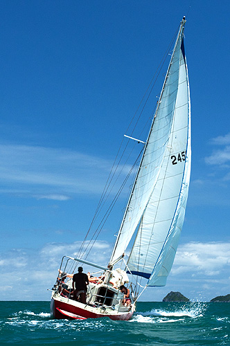 Sailing-yacht-charter-thailand