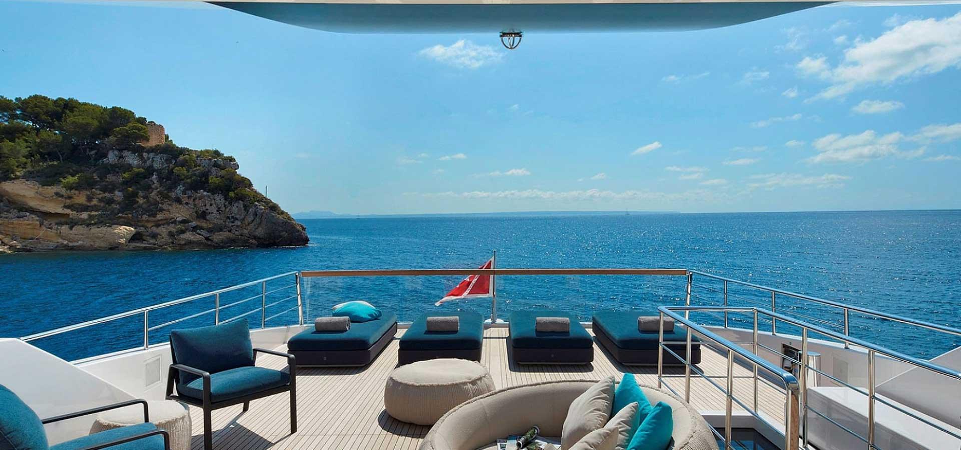 Simpson Yacht Charter