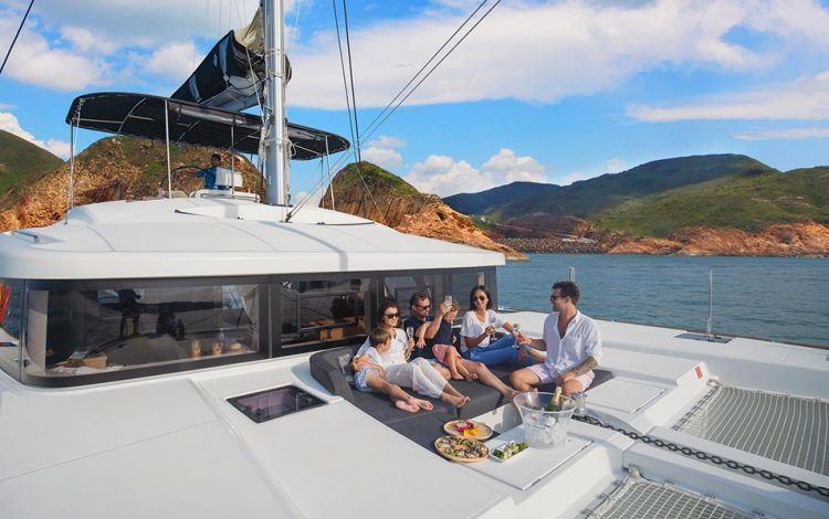 impson Yacht Charter and The Landmark Mandarin Oriental, Hong Kong Announce Partnership