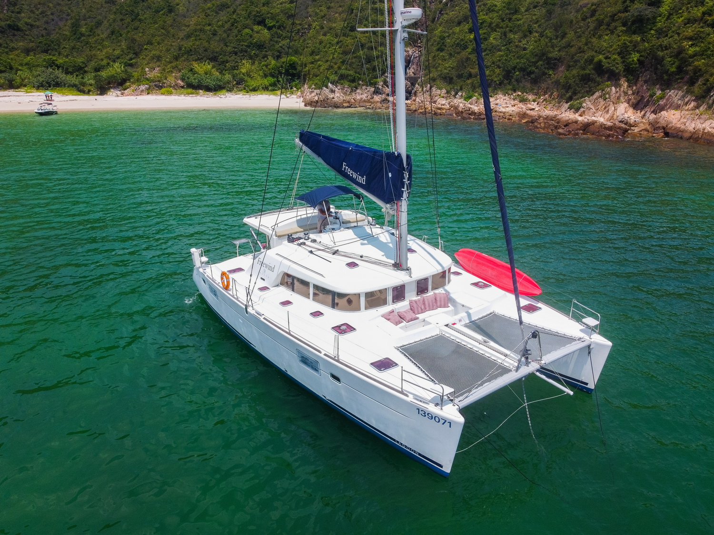 Simpson Marine - Lagoon 440 Freewind