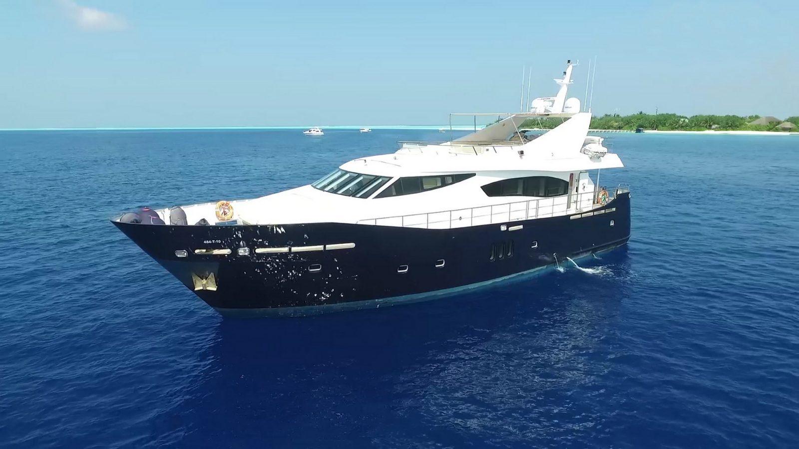 Simpson Marine - F Yacht