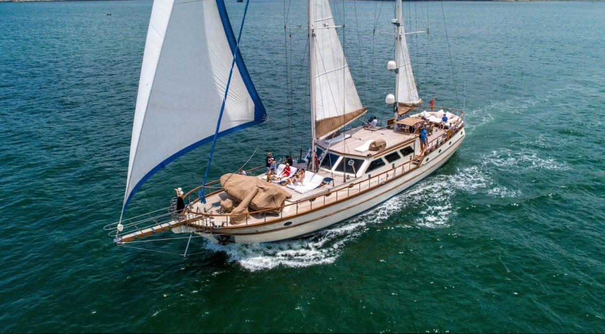 Simpson Marine - Lady Lorraine 99