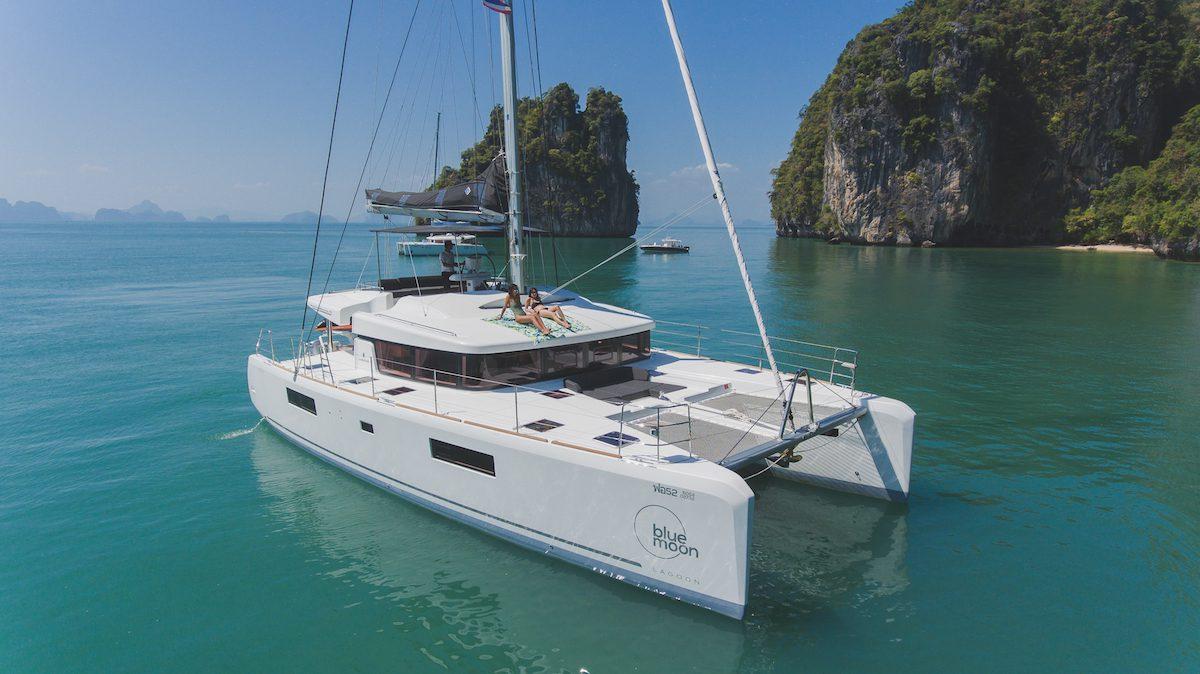 Simpson Marine - Blue Moon (Bareboat+Skipper Only)
